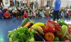 """FOTO: Peste 500 de elevi din Alba Iulia vor învăța despre alimentația sănătoasă prin programul Selgros """"Sănătatea începe din farfurie"""""""