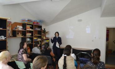 """FOTO IPJ Alba: Modalităţi de prevenire a violenţei domestice, prezentate la Centrul """"Arnsberg"""" Alba Iulia"""