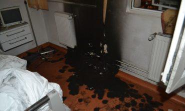 FOTO: Incendiu pe secţia ATI a Spitalului Județean de Ugenţă Alba. O asistentă transportată la Spitalul de Arși din București