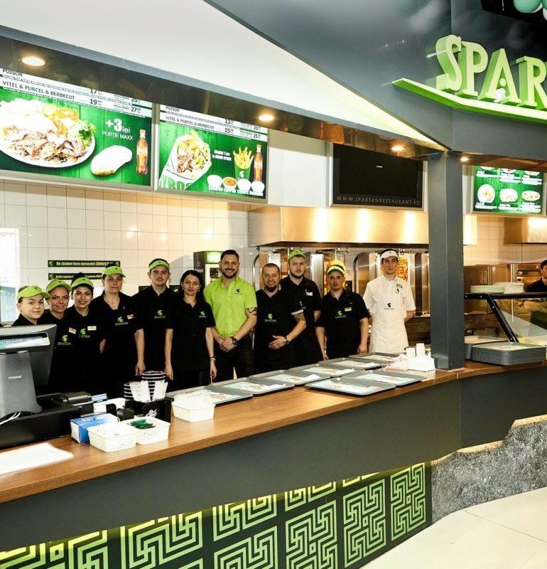 """Lanţul de restaurante cu specific grecesc """"Spartan"""" a fost inaugurat marți, 20 martie la Alba Iulia în Alba Mall"""