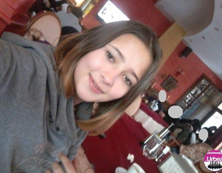 FOTO: Adolescentă de 13 ani din Baia de Arieş, dispărută de la domiciliu, a fost găsită la Abrud