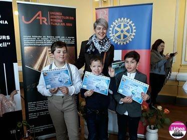 """FOTO: Trei cursanţi ai Centrului de Cultură """"Augustin Bena"""" premiaţi la Festivalul Naţional """"Pro Piano România"""""""