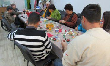 Campanie de strângere de cadouri la Alba Iulia pentru pacienții cu scleroză multiplă