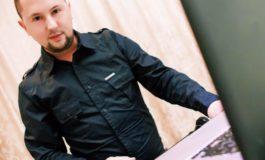 """""""Să-l ajutăm! Stă în puterea noastră!"""": Apeluri lansate pe Facebook pentru tatăl DJ-ului Radu Production, care are nevoie de sânge"""