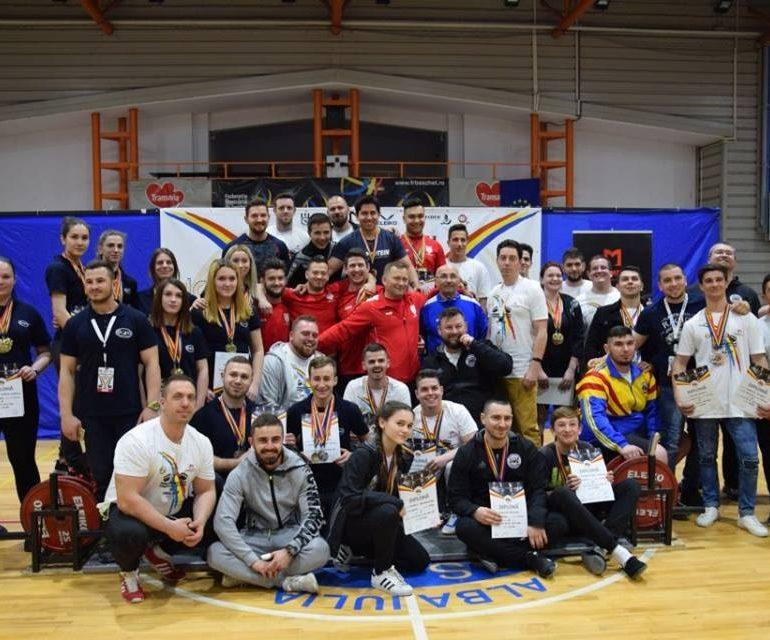 FOTO: Rezultate extraordinare obținute de sportivii CS Unirea Alba Iulia la Campionatul Național de Powerlifting. Ovidiu Pănăzan a stabilit un nou record național