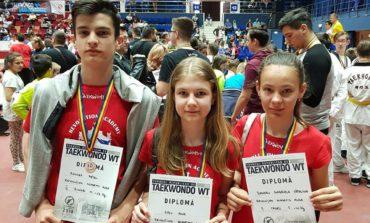 FOTO: Două medalii de bronz și una de argint pentru sportivii de de la Revolution Academy Alba, la Campionatul Național de Taekwondo WTF 2018