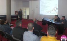 """FOTO: ADR Centru a lansat proiectul """"StartUP Hub Centru"""". Peste doua luni vor demara cursurile de formare antreprenorială, prin care viitorii oameni de afaceri pot obţine 38.000 euro nerambursabili"""