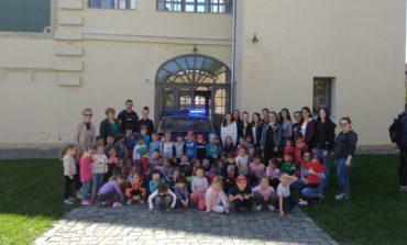 FOTO: Jandarmeria Alba, în vizită la Colegiul Național Bethlen Gabor din Aiud