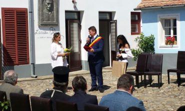 """FOTO-VIDEO: Sebeşul îmbracă haină de sărbătoare. Deschiderea oficială a Festivalului Internaţional ,,Lucian Blaga"""""""