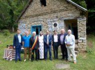 """FOTO: Constantin Perța, omagiat post-mortem la Festivalul ,,Sărbătoarea Salcâmilor"""" din Cerul Băcăinți"""