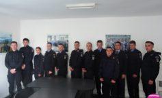FOTO: 12 elevi de la şcolile militare din Drăgăşani şi Fălticeni vor face practică la Jandarmeria Alba