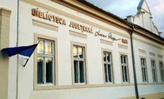 """LUNI: Biblioteca Județeană ,,Lucian Blaga"""" Alba în vizită cu Caravana scriitorilor la Colegiul Economic ,,Dionisie Pop Marțian"""" din Alba Iulia"""