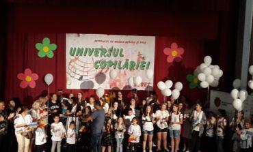 """FOTO: Câştigătorii Festivalului de muzică ușoară și folk """"Universul Copilăriei"""", ediția a IV-a de la Sebeş"""