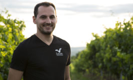 Crama LILIAC din Batoș anunță o nouă premieră și anume lansarea primului vin spumant, Sparkling by LILIAC