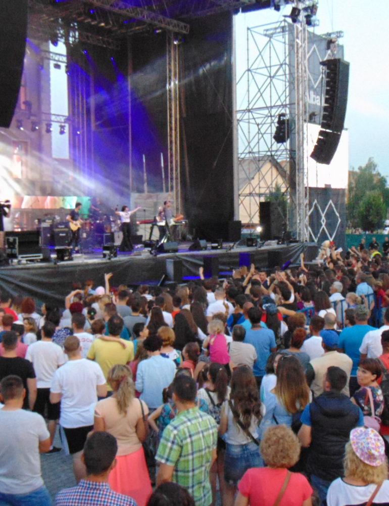 FOTO-VIDEO: Vanotek, Fly Project, JO, Nicoleta Nucă, Irina Rimes, Guess Who, Lidia Buble şi Andra au dat startul distracţiei de la Alba Fest® 2018