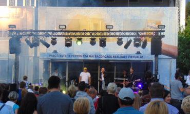 """FOTO-VIDEO: Sute de albaiulieni au fost răcoriţi de Caravana Bergenbier """"EU SUNT 12"""""""
