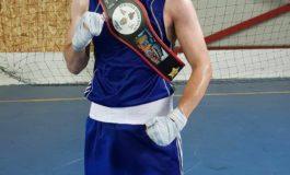 """FOTO: Andrei Potra, sportiv legitimat la CS Unirea Alba Iulia, a câștigat """"Centura Daneșului"""" la box"""