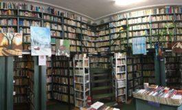 """BIBLIOTECA -  destinația perfectă pentru minte și suflet! """"Itinerarii picturale"""" și """"Dintr-o privire"""" – două expoziții de artă găzduite de Biblioteca Județeană """"Lucian Blaga"""" Alba, în luna iulie"""
