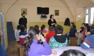 FOTO: Activități preventive derulate în centrele sociale ale Asociației Filantropia Ortodoxă Alba Iulia