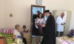 FOTO: Înaltpreasfințitul Părinte Arhiepiscop Irineu al Alba Iuliei a  binecuvântat Așezământul social pentru persoanele vârstnice de la Unirea