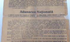 """FOTO: Convocarea la Adunarea Națională de la Alba Iulia în ziarul """"Românul"""" 1918, exponatul lunii august la Muzeul Naţional al Unirii din Alba Iulia"""