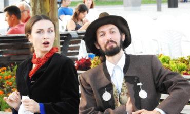 Grupul Skepsis vă invită la un sfârşit de săptămână vesel la Poarta a IV-a a Cetăţii, unde se vor prezenta două spectacole de teatru