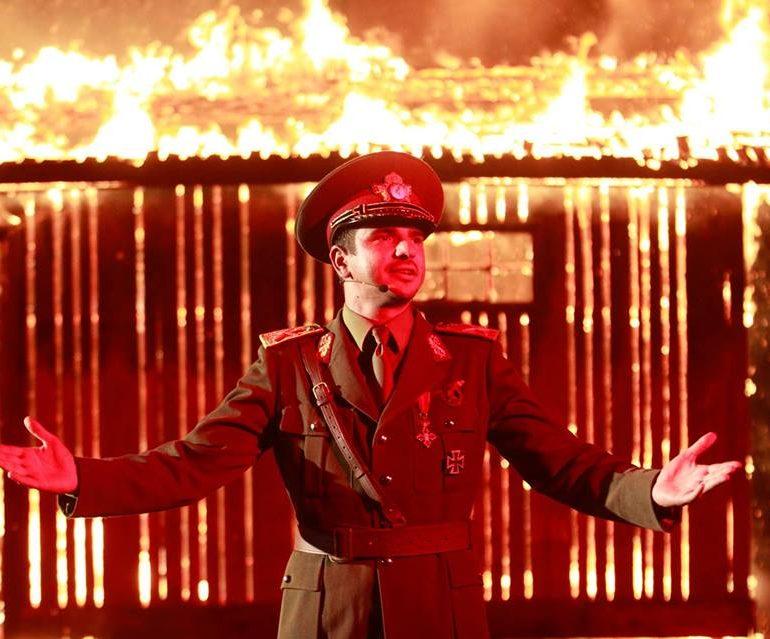 """""""Îmi este indiferent dacă în istorie vom intra ca barbari"""" ajunge, în premieră, la Alba Iulia"""
