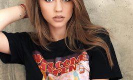 """(INTERVIU) Denisa Moga, tânăra de 17 ani din Sebeş: """"Muzica este conceptul care mă defineşte şi mă face să mă simt, de fiecare dată specială"""""""