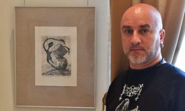 FOTO: Lucrările artistului plastic aiudean Ştefan Balog expuse alături de o gravură semnată Pablo Picasso, la Muzeul de Artă din Tulcea