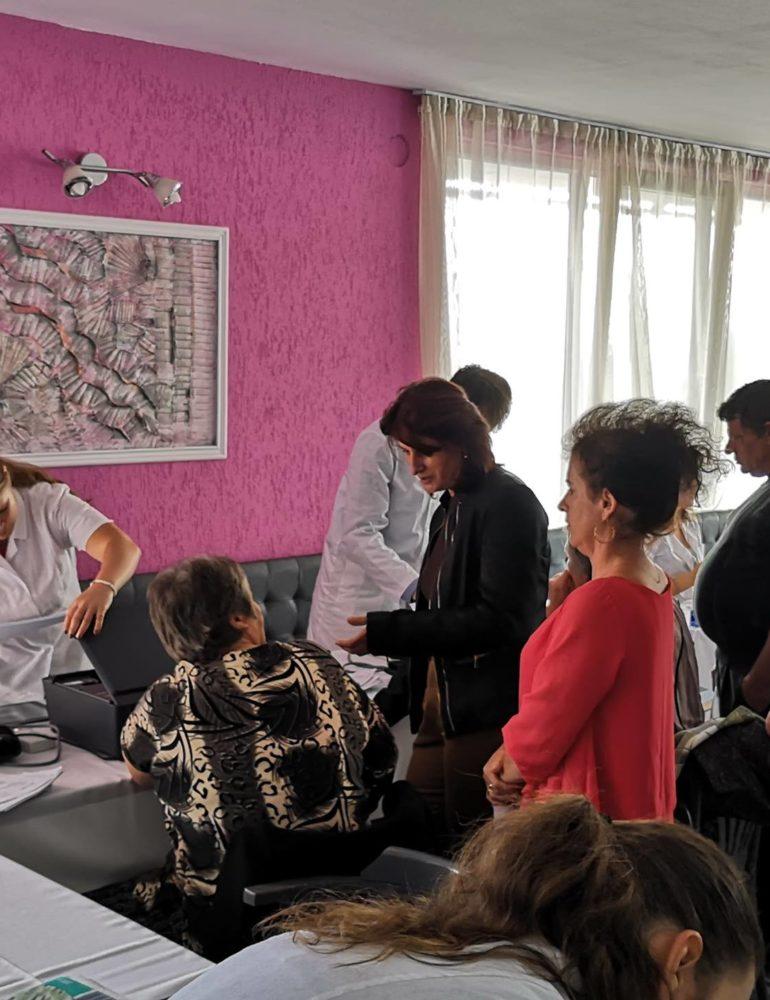 """FOTO: Campania """"Nu am făcut destul"""", la Ighiu și Bistra. Au fost testate gratuit 165 de persoane"""