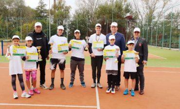 """FOTO: Câştigătorii ediţiei a XIV-a a Cupei """"Muhlbach"""" la tenis de câmp"""