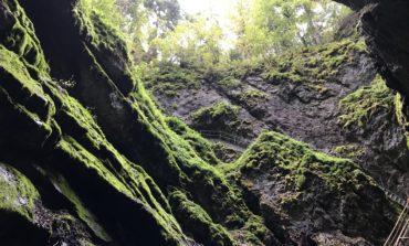 REPORTAJ: Aventură în Munţii Apuseni. Despre traseul frumos spre Gheţarul de la Scărişoara şi peisajele superbe