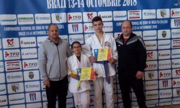 FOTO: Doi sportivi legitimați la CS Unirea Alba Iulia, medaliați la Campionatul Național de Judo Ne Waza U11, U13, U15