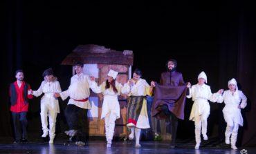 """FOTO: Spectacolul Teatrului de Păpuși """"Prichindel"""" Alba Iulia, """"Capra cu trei iezi"""", Premiul de POPULARITATE în cadrul Festivalului Internațional de Animație """"Sub bagheta lui Merlin"""""""