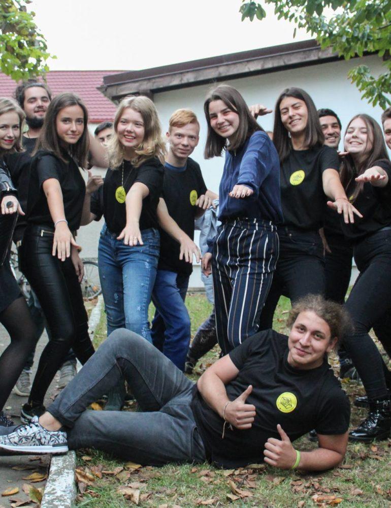 FOTO F.A.P.T. – grupul de tineri al Asociației Forum Apulum și-a început activitatea