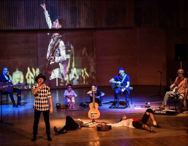 """""""Povestea Chitarei"""" ajunge la Alba Iulia. De la barock la rock, pe scena Casei de Cultură a Studenţilor"""
