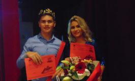 """FOTO-VIDEO: Giulia Țigurean și Alexandru Urcan au câștigat titlurile de Miss și Mister Boboc 2018 la Colegiul Tehnic """"Apulum"""" din Alba Iulia"""