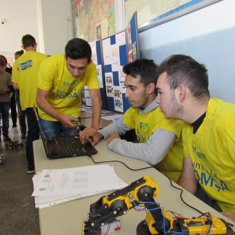 """FOTO: Săptămâna Europeană a Competențelor profesionale 2018 la Liceul Tehnologic """"Alexandru Domșa"""" Alba Iulia"""