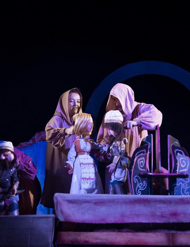 """LUNI: Teatrul de Păpuși """"Prichindel"""", invitat să susțină un spectacol în cadrul Festivalului Tânăr de la Sibiu"""