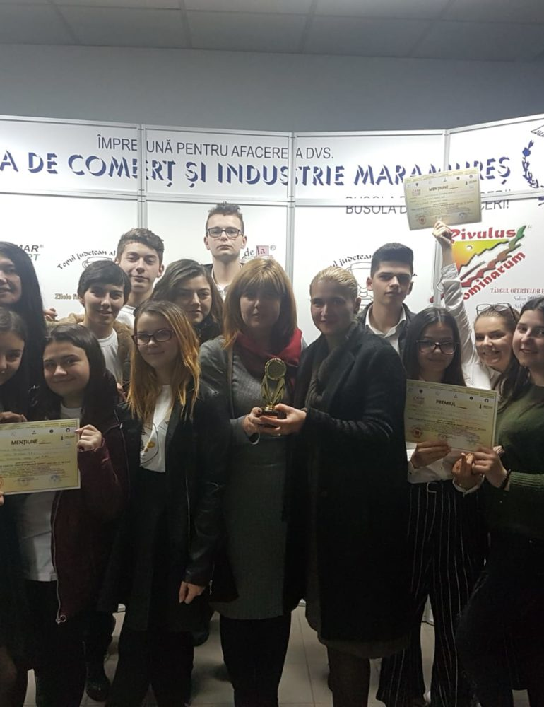 """FOTO: Premii pentru Liceul Tehnologic din Sebeș la Târgul Firmelor de Exercițiu """"Rivulus Dominarum Tineret"""""""
