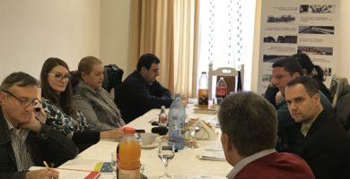FOTO: Întâlnire informală cu mass-media regională. Fonduri europene - proiecte locale, dezvoltare pentru comunitate