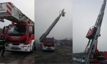 FOTO: O autospecială destinată intervențiilor și salvării de la înălțime, în dotarea Detașamentul de pompieri de la Aiud