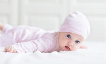 Ce haine de bebelusi poti sa faci cadou micutului tau de Mos Nicolae
