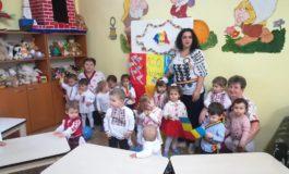 """FOTO: Centenarul Marii Uniri sărbătorit cu bucurie de prichindeii de la Centrul de zi ,,Sfânta Irina"""" din Blaj"""