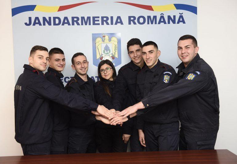 FOTO: Au sosit forțe proaspete și energice la începutul anului în cadrul Jandarmeriei Alba