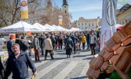 FOTO: Peste 10.000 de vizitatori au fost la Sărbătoarea Mierii, cel mai important târg apicol din România