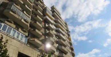 FOTO: Peste 1200 de apartamente din Alba Iulia primesc fonduri nerambursabile pentru izolare termică