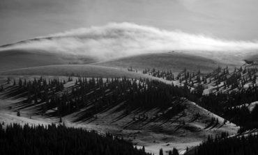 Primăvară cu zăpadă excelentă de schi pe pârtiile din județul Alba