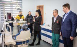 FOTO: Inaugurarea primului cabinet stomatologic cu servicii gratuite destinat exclusiv copiilor, la Sebeș