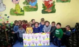 """FOTO: Activităţi educative dedicate Sărbătorilor de Paşti şi primăverii la Centrul de Zi """"Sfânta Irina"""" din Blaj"""